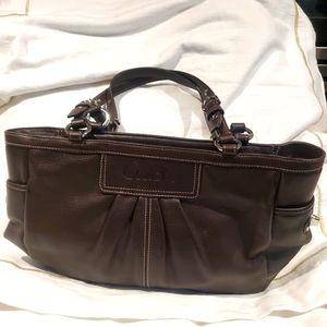 COACH Brown Vintage Shoulder Bag Like New